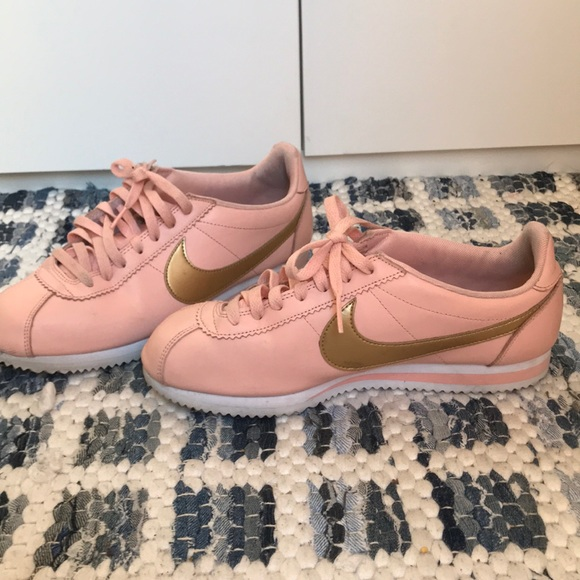 big sale 74257 b5f1c Nike Shoes - Women s Nike Cortez Limited Edition Pink   Gold